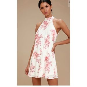 NWT Lulu's Pink & White Floral Print Swing Dress